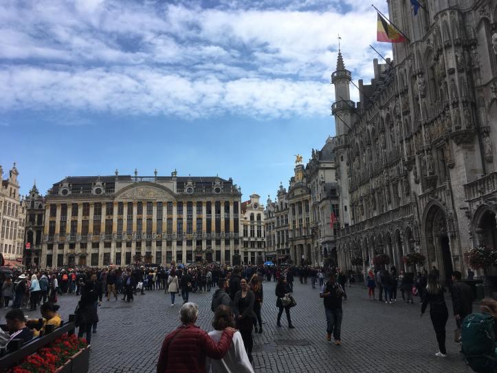 Vieilles bâtisses européennes très décorées, centre-ville de Bruxelles